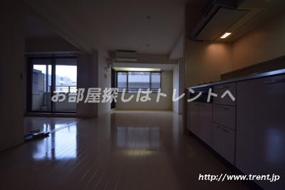 【居間・リビング】パートナーシップアパートメント