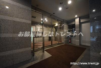 【エントランス】パートナーシップアパートメント