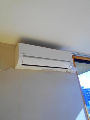 エアコン一基設備