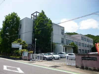 東近江市立能登川南小学校(874m)