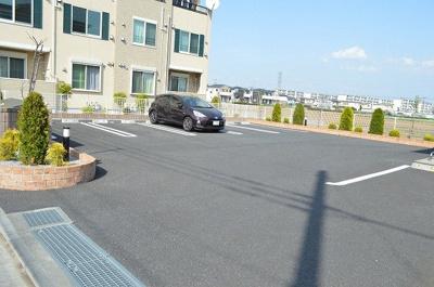 【駐車場】ウィステリアタウンⅦ