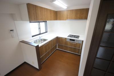 【キッチン】サンビルダー西岡本パレス