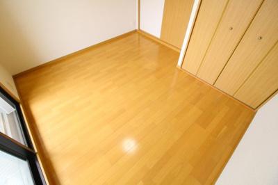 【寝室】KHKコート板宿