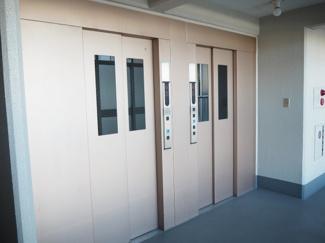 トーア南晴海マンション エレベーターは2基ございます。