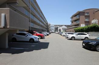敷地内駐車場空き有(5,000円/月)