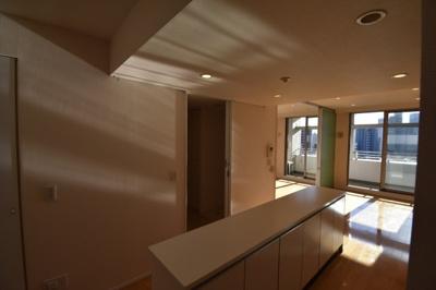 【キッチン】閑静な住宅街に佇む高級マンション アパートメンツ三田