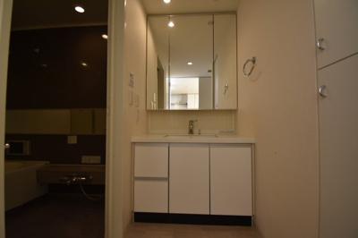 【独立洗面台】閑静な住宅街に佇む高級マンション アパートメンツ三田