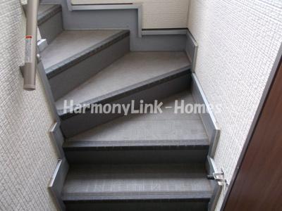 セント・キューブ東十条の階段