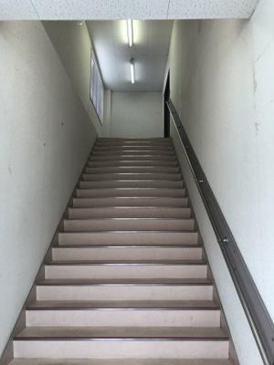 【エントランス】柏原商業用テナント