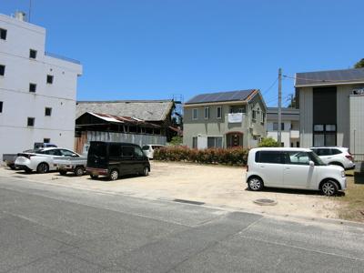 敷地全体です。現在は駐車場として利用されています。