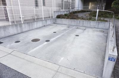 【駐車場】ロイスグラン神戸湊川公園