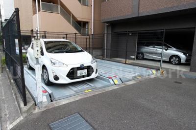 愛車を守る駐車場