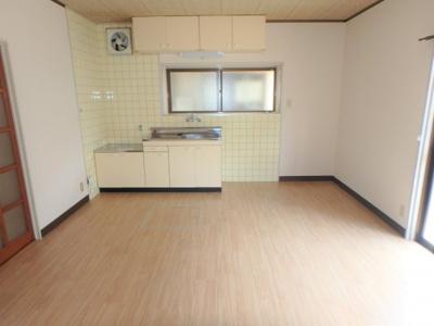 【居間・リビング】北久米476-1仙波借家・