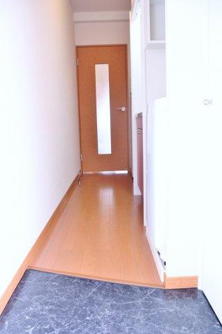 【玄関】リトルマウンティンⅡ