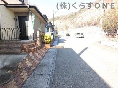 【前面道路含む現地写真】姫路市飾西/中古戸建