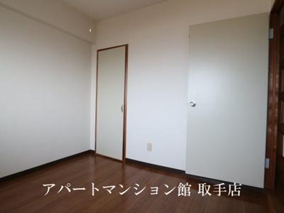 【寝室】ル・マ・デュ・キャルム