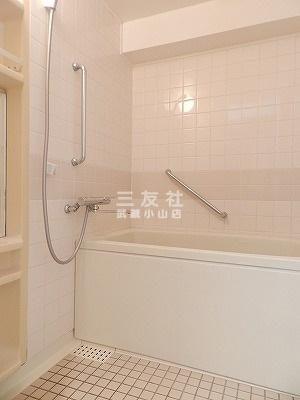 【浴室】桃李邦