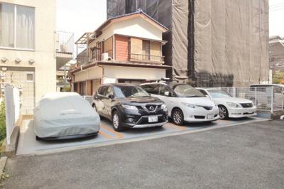 【駐車場】ロイヤルシラコ