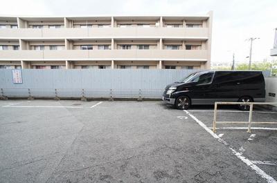 【駐車場】市隆ハイツ塚口