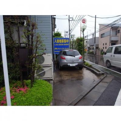 【内装】エステートロイヤル駐車場