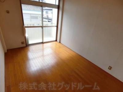 【居間・リビング】ハイツルミエール