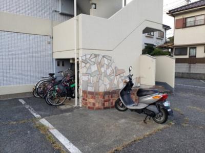 駐輪場☆神戸市垂水区 ハイツ多聞 賃貸☆