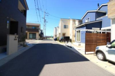 【前面道路含む現地写真】伏見区羽束師菱川町 中古戸建