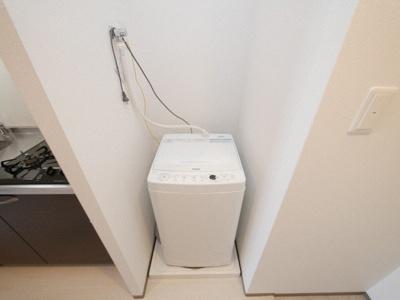 新品の洗濯機が設置済です