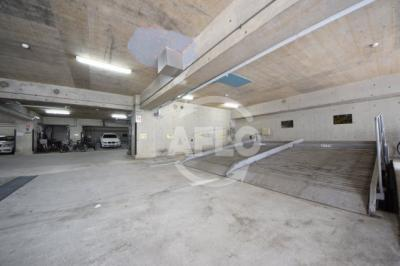 Sパレス天王寺 駐車場