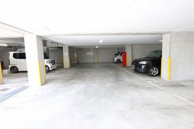 アンハウス 駐車場