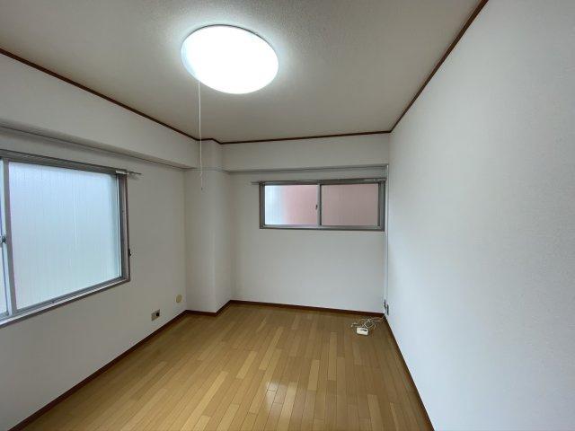 【居間・リビング】第2大森フラワーマンション