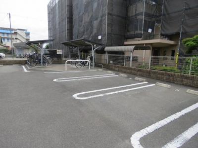 【駐車場】ブルーム茨木