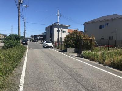 【前面道路含む現地写真】三木市別所町近藤開発団地 22号地