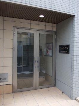 【エントランス】East21・YK