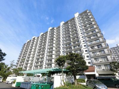 京浜急行線「金沢八景」駅徒歩8分・「金沢文庫」駅徒歩12分と好立地。 通勤時間の短縮でご家族と過ごす時間を増やす事が出来ます。