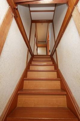 湊貸家 2号  階段