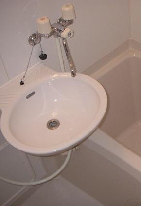 【洗面所】レオパレス一水