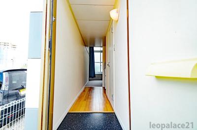 【玄関】レオパレスぶどうの木