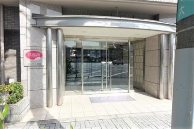 グランフロント大阪まで徒歩圏内!