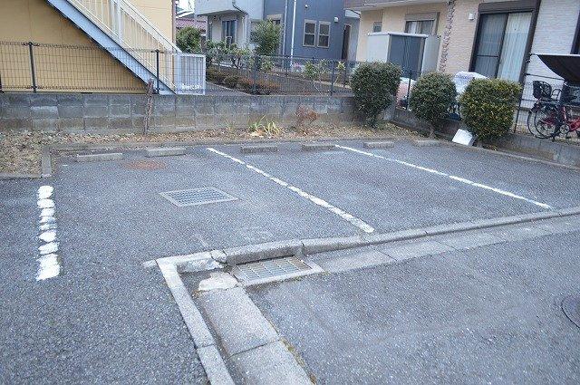 【駐車場】ガーデンシモB棟