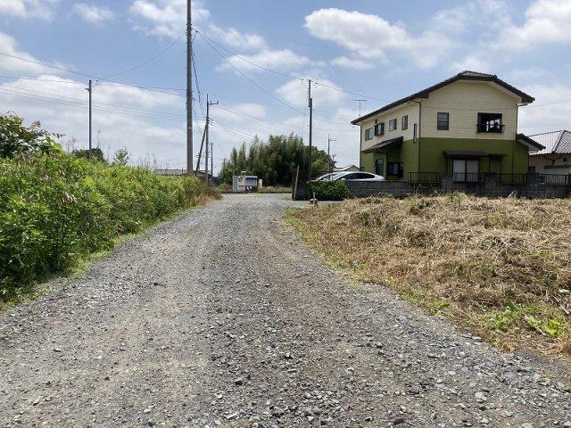 【前面道路含む現地写真】茨城町常井土地
