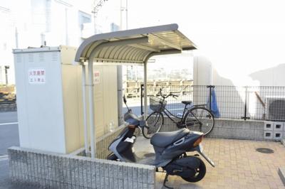 【駐車場】レオパレスグリーンフォレストB