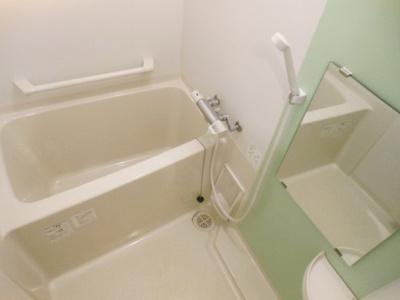 【浴室】クレイノラヴェール 小田