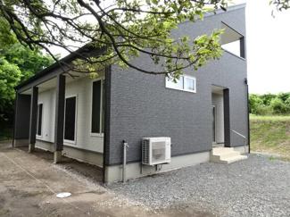 築1年の新しい中古住宅です