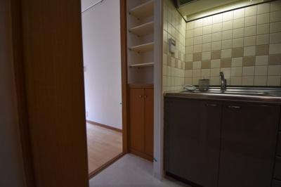 【キッチン】元麻布の低層高級マンション 大切なペットと暮らせます 元麻布フォレストプラザⅡ