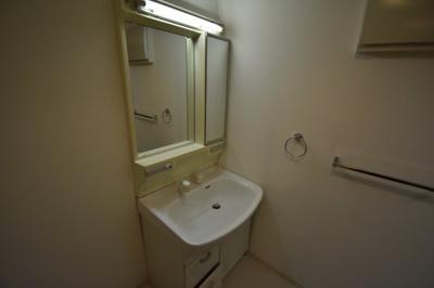 【独立洗面台】元麻布の低層高級マンション 大切なペットと暮らせます 元麻布フォレストプラザⅡ
