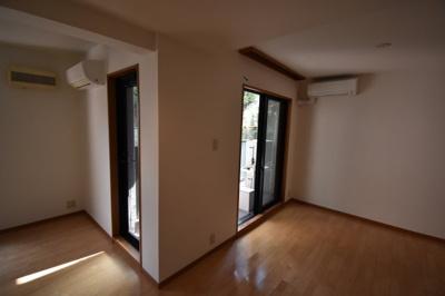 【寝室】元麻布の低層高級マンション 大切なペットと暮らせます 元麻布フォレストプラザⅡ