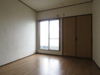 【寝室】アクティ香露園