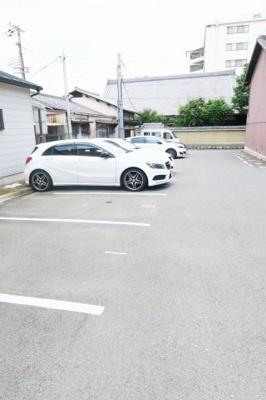 【駐車場】ヴェルキューブ石雲