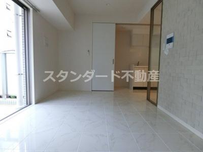【居間・リビング】イノセント堂山